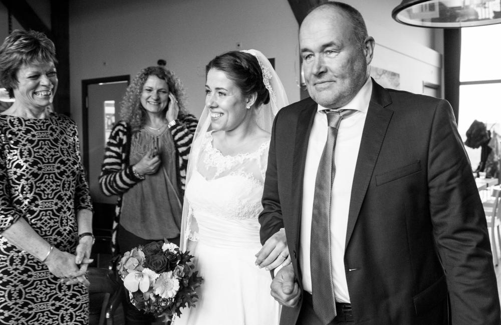 wedding-12-0e0bb4bda77c1661773349bc198cb339